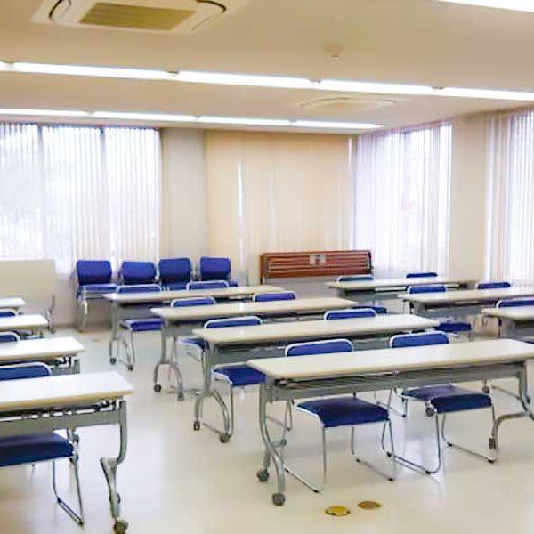 本会館の会議室はインスタベースにてレンタルできます