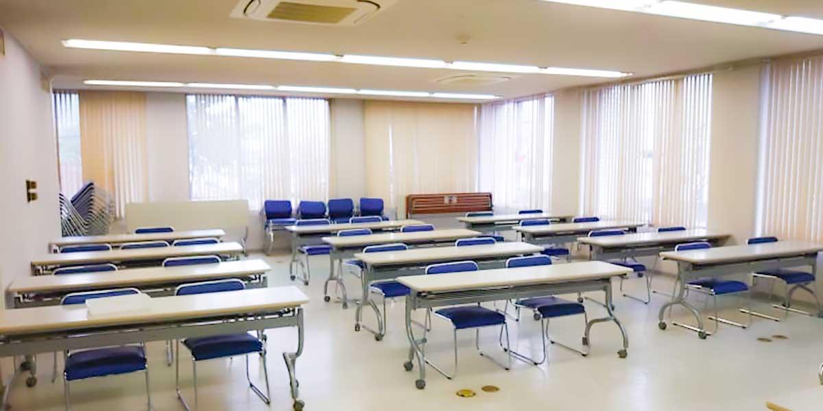 本会館の会議室は、インスタベースにてレンタルできます